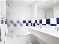 KM546 Luxe Hotelslaapkamer op Kempense meren