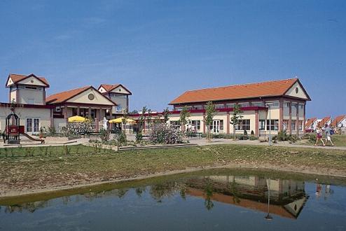 Foto 1, Zeeland Village