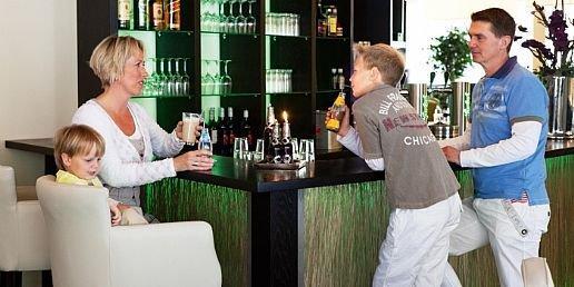 Aan de bar