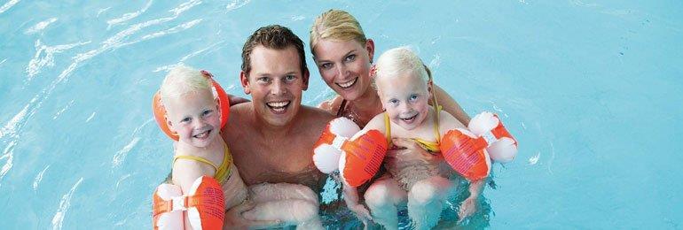 Zwemmen met het gezin