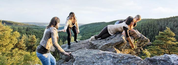 Wandelen over de rotsen