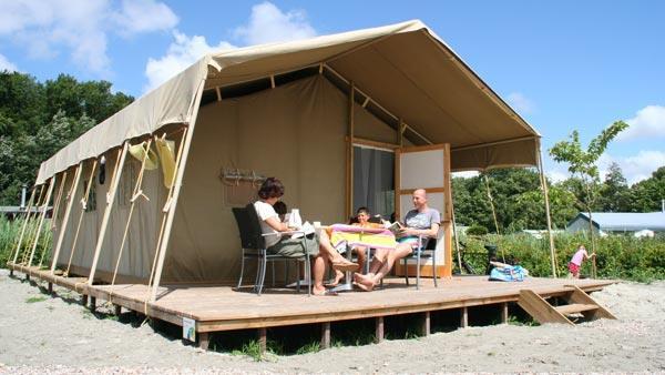 Aanzicht campeertent